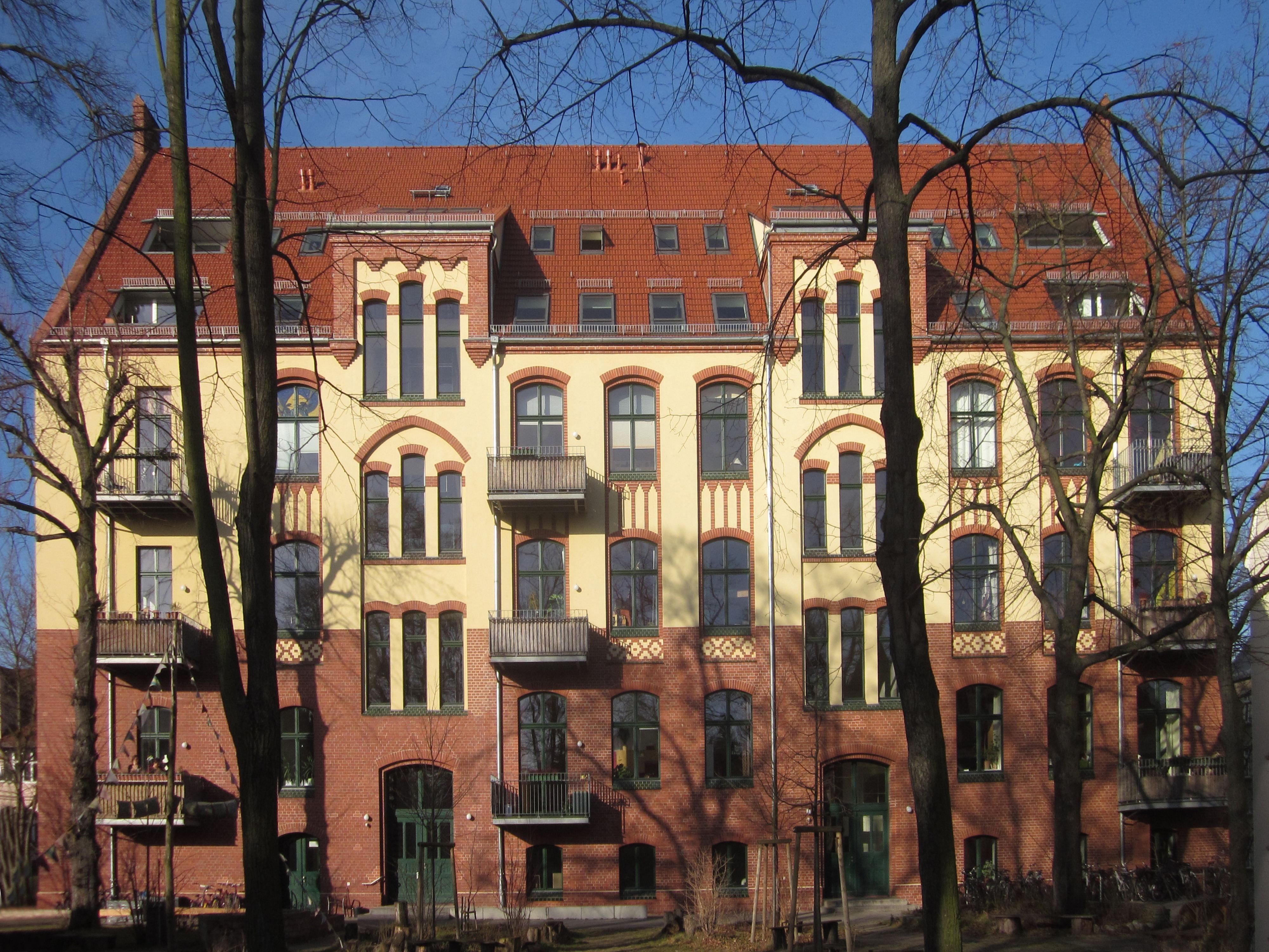 alte schule karlshorst www neue. Black Bedroom Furniture Sets. Home Design Ideas